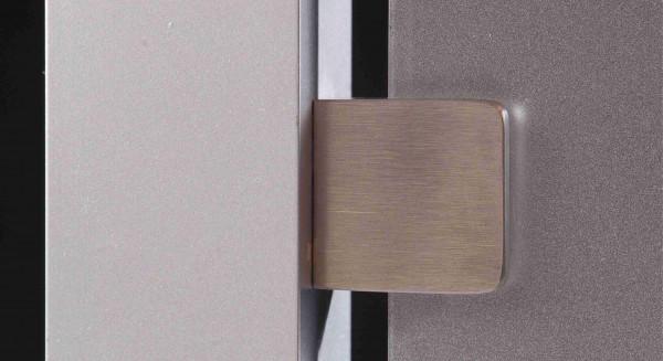 Glashalterung flach Edelstahl V2A 30 x 30 mm mit Gummieinlage für Plattenstärke 4-8 mm
